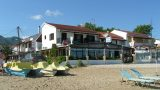Skondros Taverna – Right on the Beach